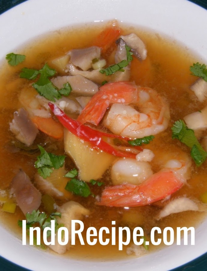 Perfect Hot and Sour Soup for Winter