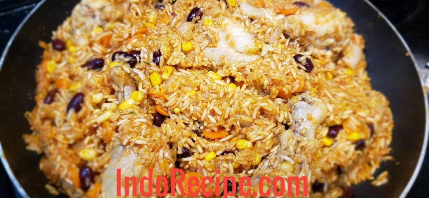 Arroz con Pollo (Mexican Dish)