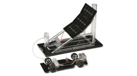 Fuel Cell Concept Car and Gas Station