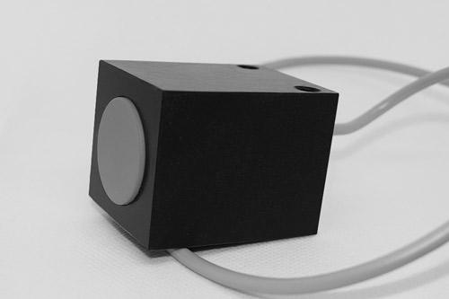 Proximity sensor Induktivni senzor pritrjevanje z vijaki