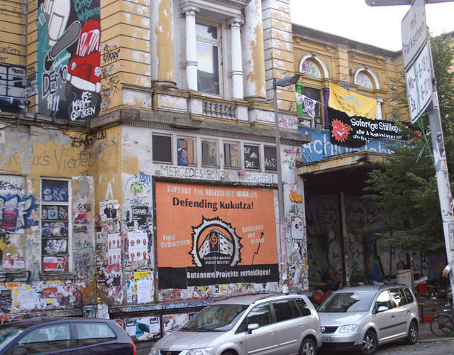 The squatted Rote Flora with a topical billboard for the support of Kukutza III