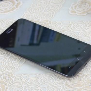 ASUS Zenfone 2 16GB Smartphone