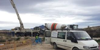 Bombeo de hormigón para construcción de canalizaciones