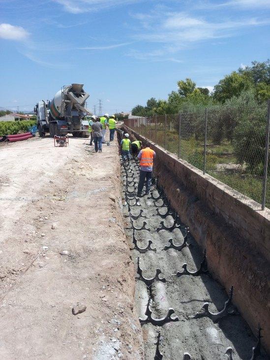 Excavación en zanja para construcción de canalizaciones