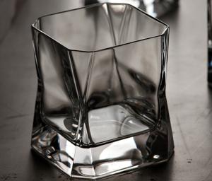 blade-runner-whisky-glass