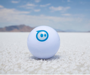 sphero-app-controlled-robotic-ball
