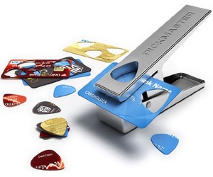 guitar-pick-puncher