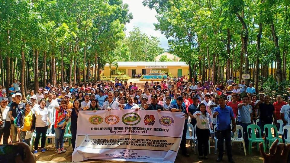 41 Barangays in Siquijor, 1 in Negros Oriental Formally Declared as Drug Cleared1