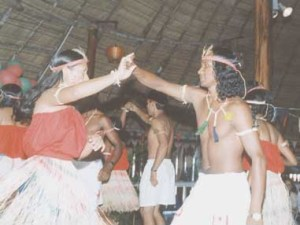 Amerindians_Chain Dance