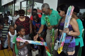 Granger and Team distribute kites to the children of Buxton.