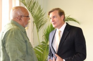 President Donald Ramotar (left) and US Ambassador to Guyana, Brent Hardt.
