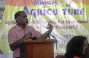 Minister of Agriculture, Dr Leslie Ramsammy outlines the '2020 vision.'