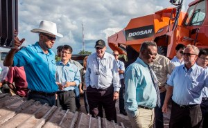 Prime Minister Samuel Hinds and Minister of Natural Resources and the Environment, Robert Persaud along with Chief Executive Officer of Troy Resources, Ken Nilsson and other officials.