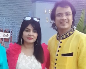 Two of the Indian singers who were slated to perform.