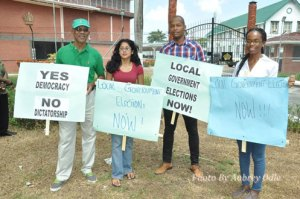 Urling joins APNU Leader, David Granger on the picket line outside Office of the President demanding a date for LGE a few months ago