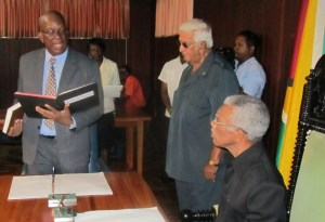 Minister of Finance, Winston Jordon being sworn in. [iNews' Photo]