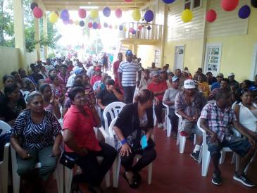 Residents of Enmore turned out in their numbers to meet with Opposition Leader Bharrat Jagdeo on Monday evening