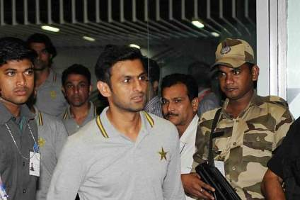 The Pakistan cricket team arrived in Kolkata amid tight security © Getty