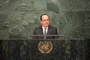 President François Hollande of France addresses the opening segment of the signature ceremony for the Paris Agreement on Climate Change. UN Photo/Rick Bajornas