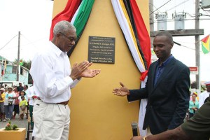President David Granger and Bartica Mayor Gifford Marshall unveiled the plaque