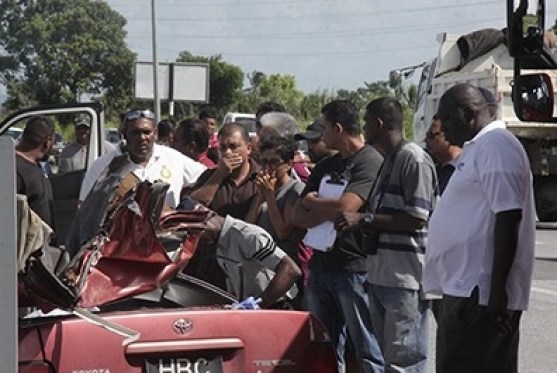 The scene of the accident (Trinidad Guardian photo)