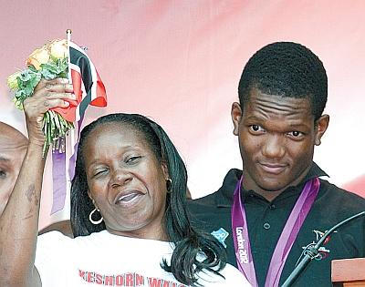 Keshorn Walcott and his mother, Beverly Walcott