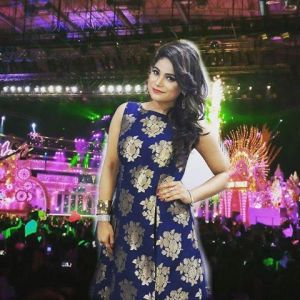 Jyotika Tangri - Finalist of ZEETV Saregamapa 2016 who will be performing at the LBI Motorcade