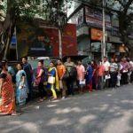 A line outside a bank in Kolkata (Reuters)