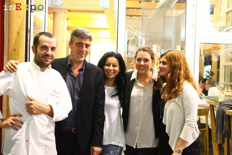 Massimo Sacco e lo staff del Bistro Fairmont in Expo