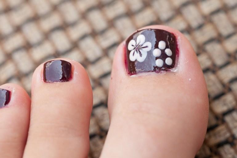 nail-polish-flower