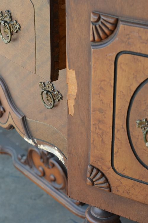 antique sideboard makeover (1)