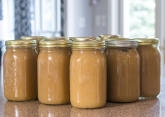 How to Can Applesauce the Easiest Way in the World