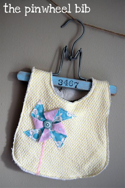 Pinwheel Bib Tutorial–{Lemon Tree Creations}