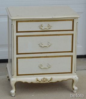 french-provential-nightstand-11_thumb1