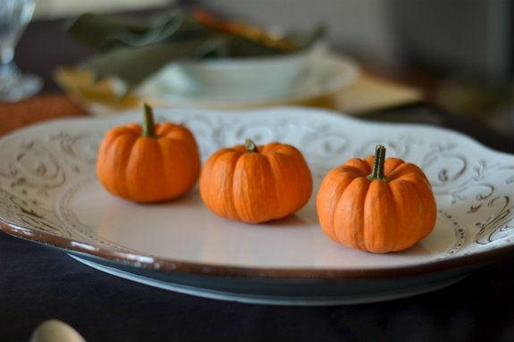 platter_with_pumpkins