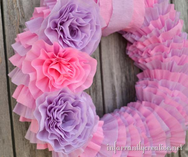 diy-tissue-paper-wreath