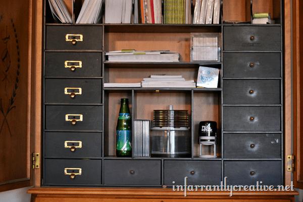 secretary_desk_little_drawers
