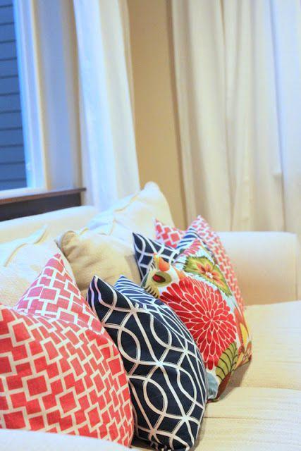 Lovesome envelope pillow tutorial