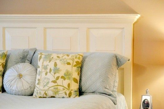 Infarrantly Creative diy door to headboard