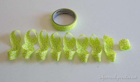 making-gift-bows