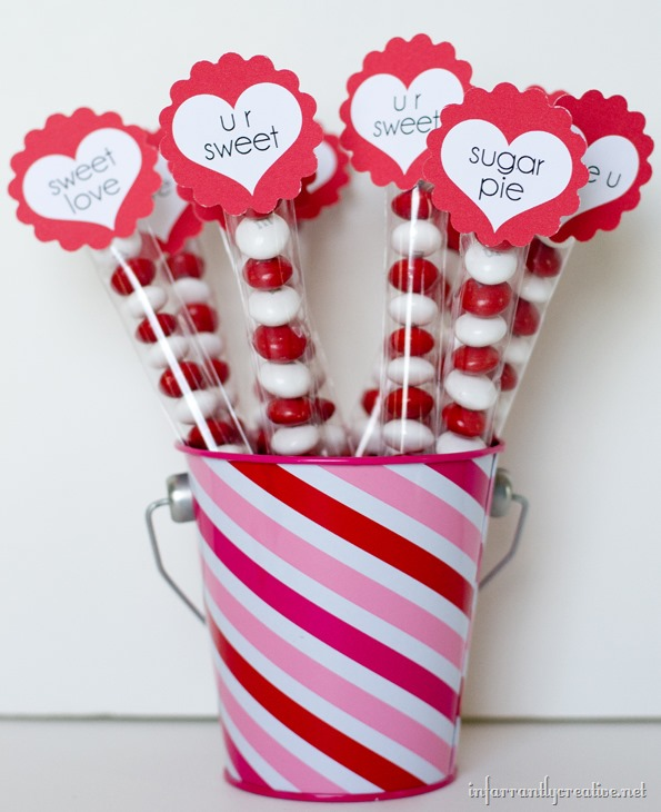 valentine's-day-candy-centerpiece