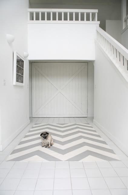 diy-chevron-rug-gray