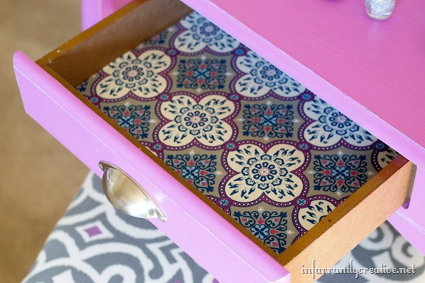 fabric-lined-drawer