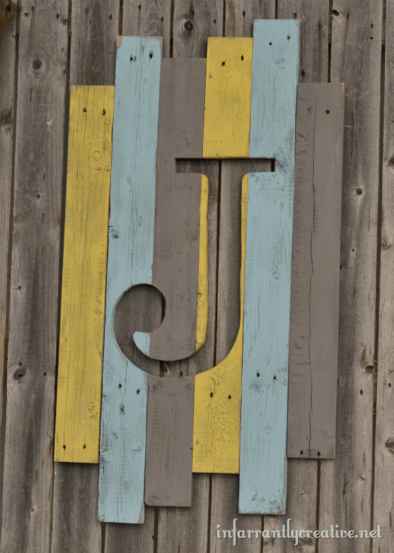 pallet_wood_monogram_thumb
