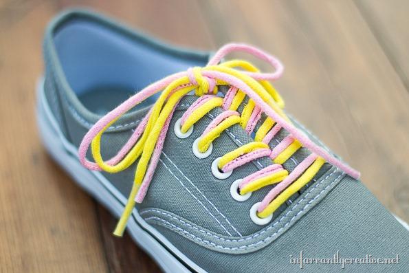 how to make tee shirt shoelaces
