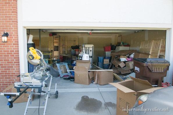 unorganized-garage