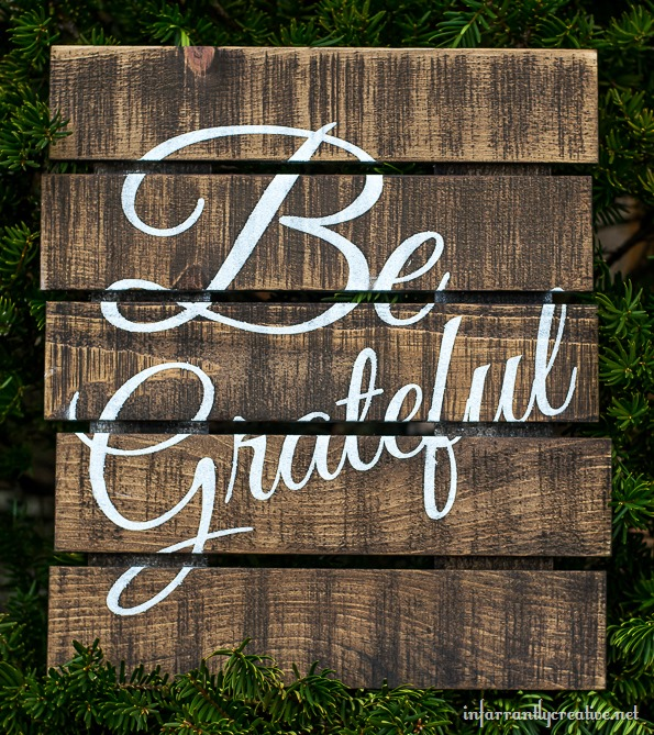 be grateful pallet art