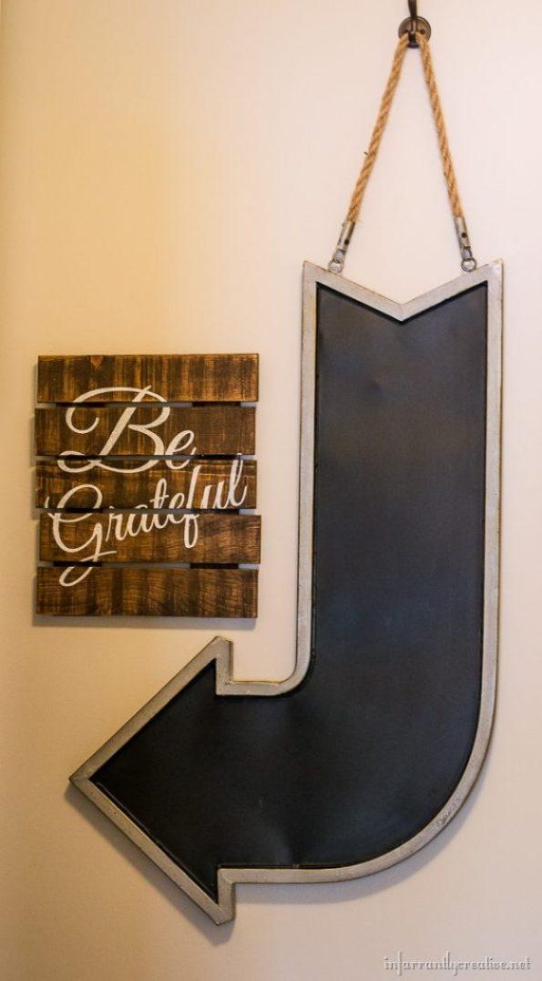 pallet sign be grateful