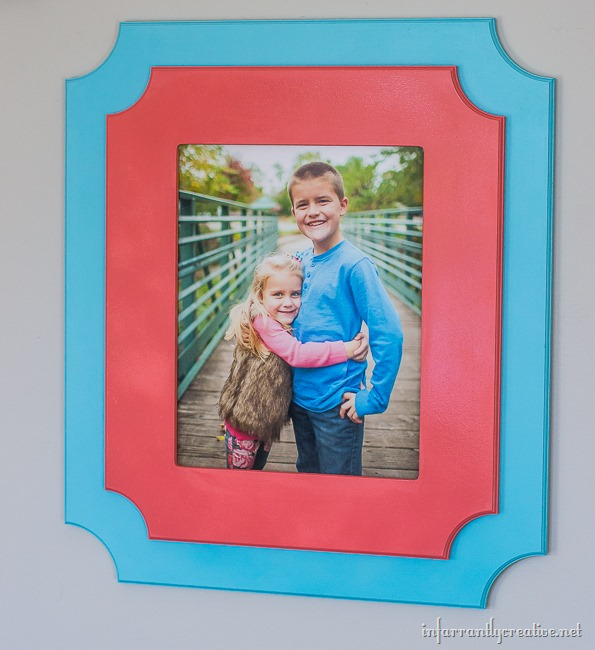 pictures frames in gallery wall