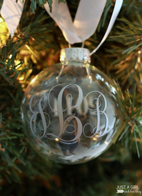 monogrammed-christmas-ornaments